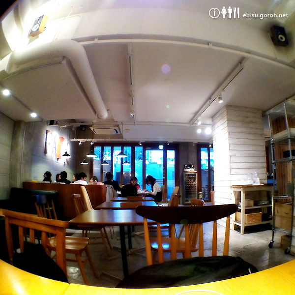 CAFE PARK(カフェパーク)恵比寿の店内